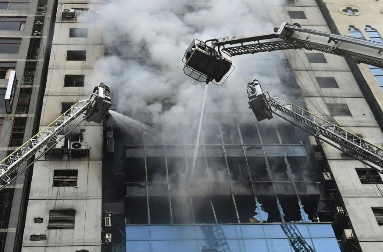 Workers-Jump-To-Their-Deaths-As-Dhaka-Office-Block-Fire-Kills-