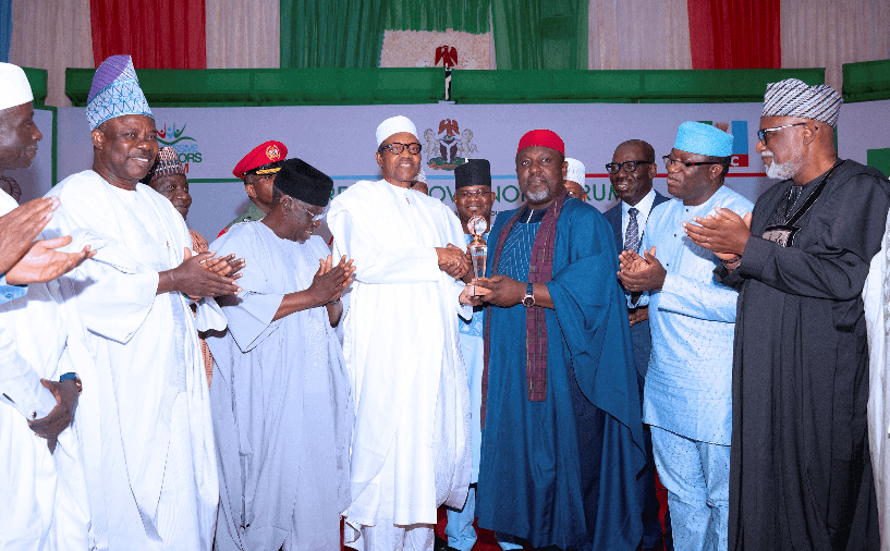 You're Endorsing Failure, PDP Slams APC Govs Over Award To Buhari 1