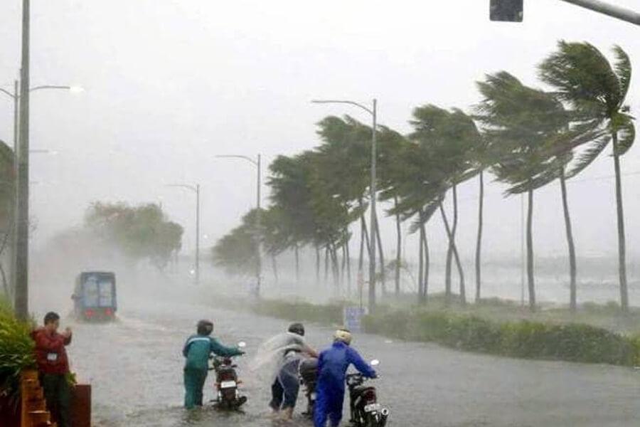 Cyclone-fani-in-odisha (1)