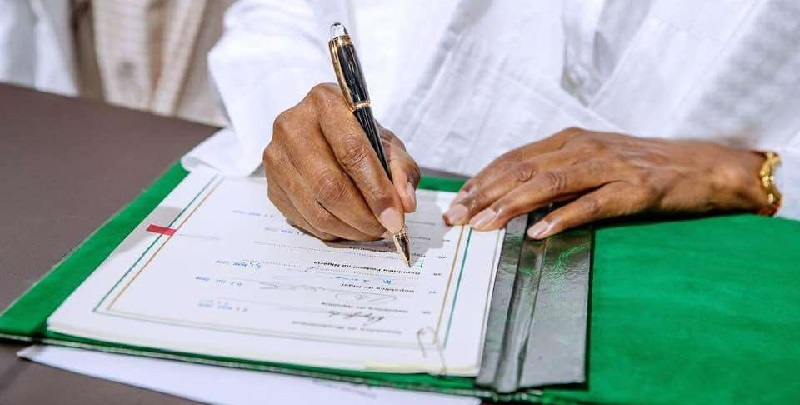 President-Muhammadu-Buhari-Signs-Africa-Continental-Free-Trade-Area-AfCFTA-Agreement