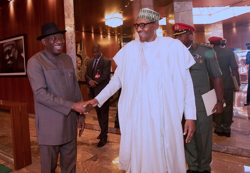 PHOTOS: Jonathan Answered Greetings, But Refused To Speak On Meeting With Buhari