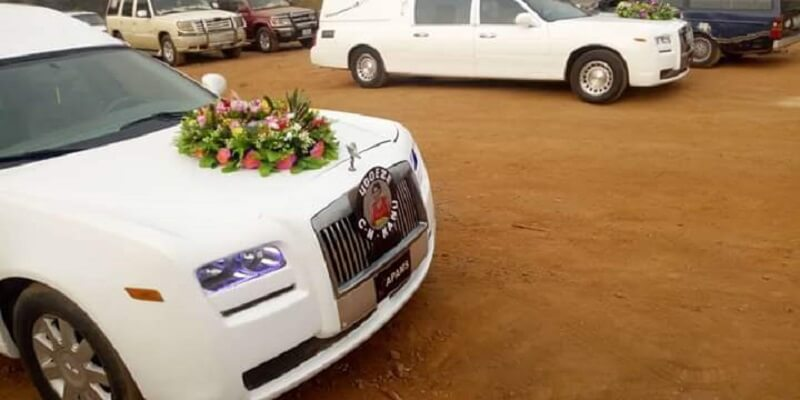 Nnamdi Kanu Parents Burial: Rolls Royce Convey Remains Of Eze Israel, Lolo Sally - The Whistler NG